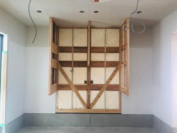 素敵な✨造り付け家具の工事中🔧🔨・・・MOCOよりサムネイル